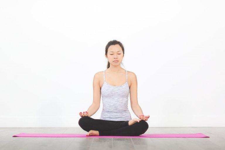 עשה זאת בעצמך: איך לבצע אימוני יוגה באופן עצמאי?