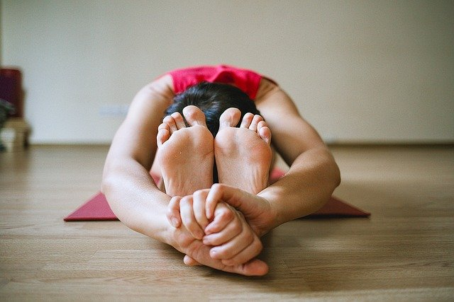 פציעות באימוני יוגה: כיצד ניתן להימנע מהן ומה עושים כשזה קורה?