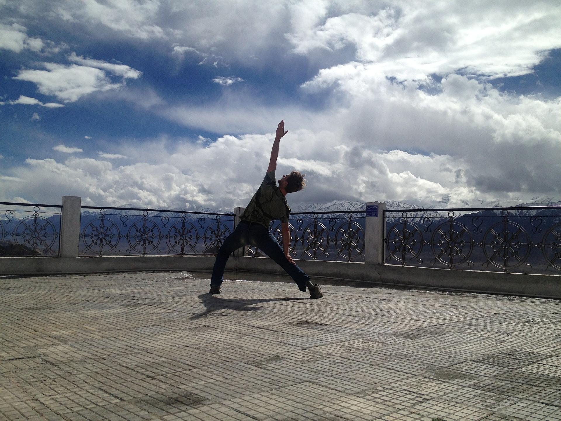 בירת היוגה העולמית: איך תארגנו חופשת יוגה בהודו?